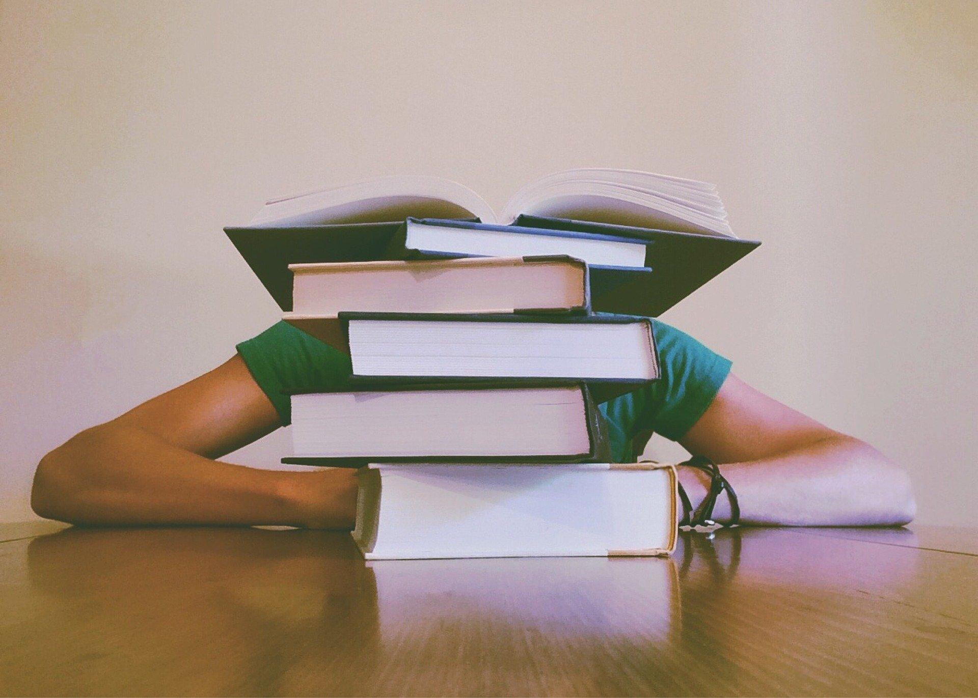 最強の勉強法とは?何度読んでも身につかないを改善する方法