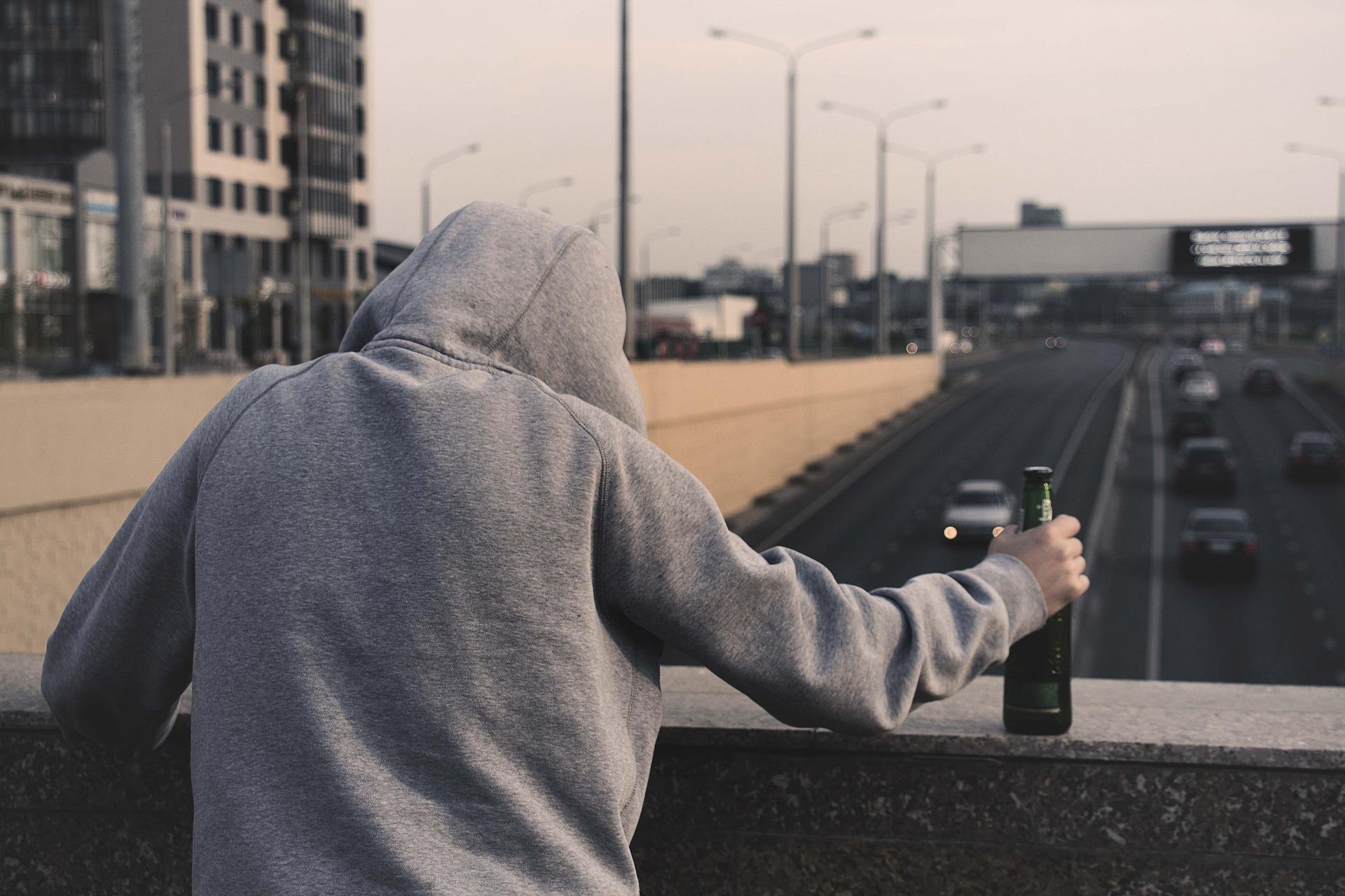 『毎日こんなに自殺してんのか……(日本・札幌)』真夜中の独り言 #24
