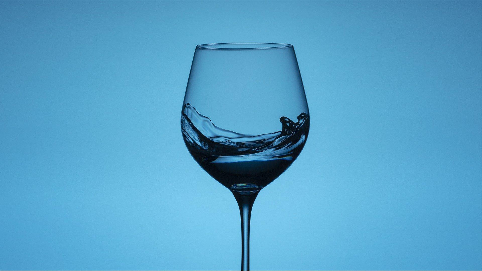 【アルコールを断ってみようと思った理由。】真夜中の独り言 #39